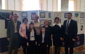 "In the Verkhovna Rada of Ukraine it was opened the exhibition ""Peace and war through the eyes of Donbas children"""